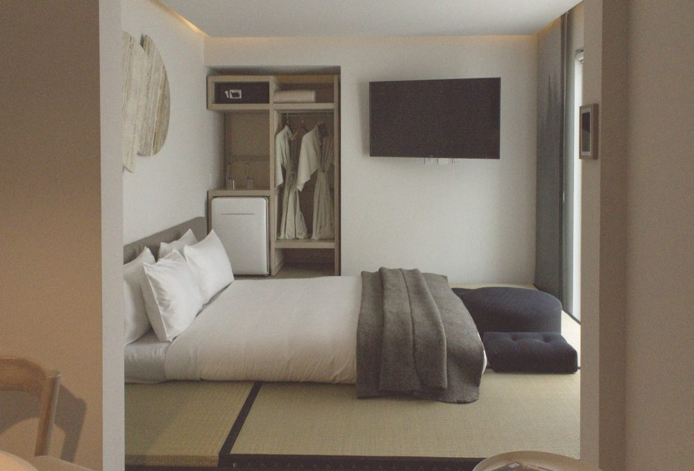a-peek-inside-one-of-the-more-spacious-tatami-bedrooms-that-includes-views-of-the-interior-garden-a-mini-bar-and-an-independent-lounge-within-225-square-feet