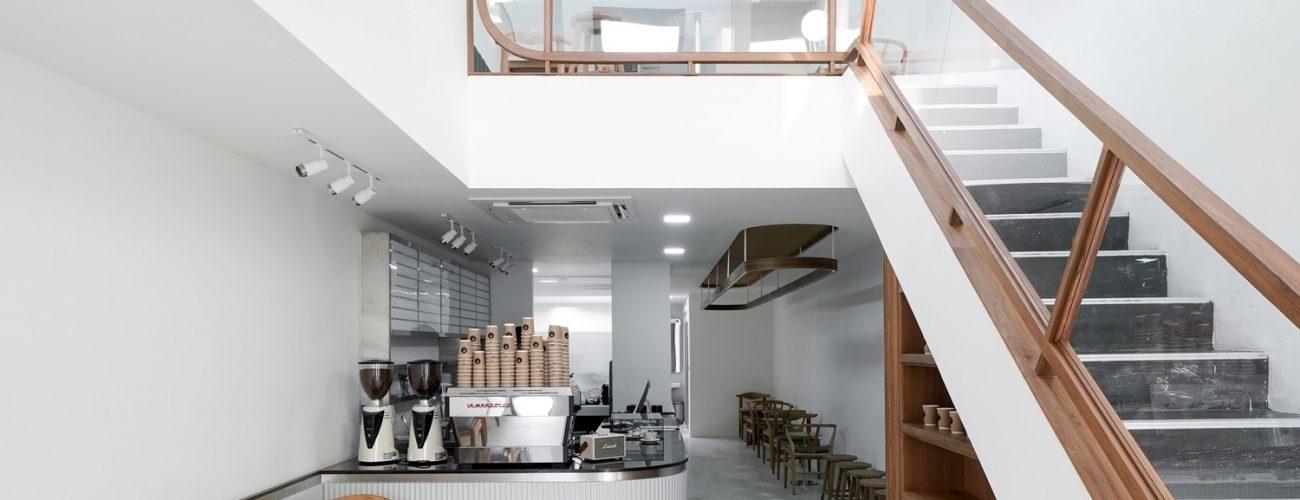THIẾT KẾ CAFE 2 TẦNG ĐƠN GIẢN VỚI DIỆN TÍCH 100M2